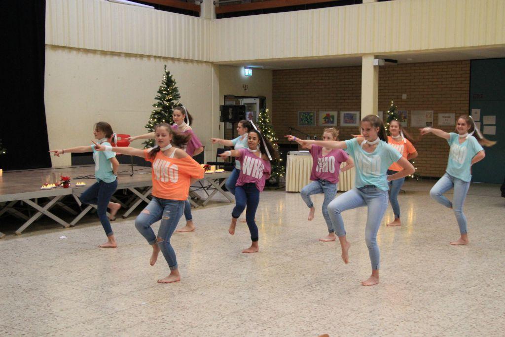 Seniorennachmittag 2017 beim VFG Meckenheim - Let's Dance Mädchen