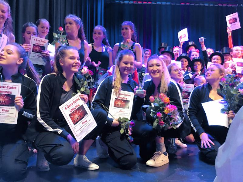 Die Gruppe Dance Versity des VFG Meckenheim holte beim 8. Dance Contest in Meckenheim in der Altersgruppe Teens (16 – 20 Jahre) den zweiten Platz.