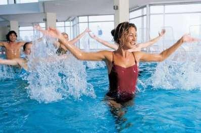 Wassergymnastik (Sport für Bewegungs- und Stützapparaterkrankungen)